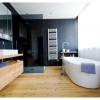 Деревянный пол в дизайне ванной комнаты