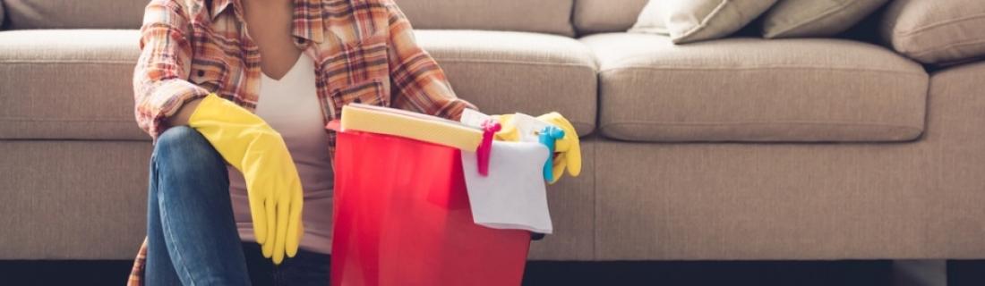 Как почистить обивку мягкой мебели самостоятельно