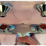 Замена крана в ванной комнате: демонтаж старого и установка нового изделия