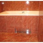 Плиточный экран под ванной: плюсы и минусы