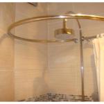 Виды карнизов для ванной комнаты