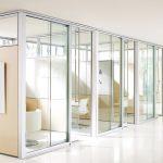 Что нужно знать про стеклянные раздвижные двери