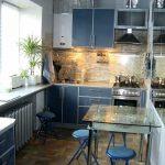 Как зрительно увеличить маленькую кухню