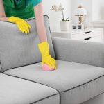 Как очистить диван от пятен