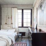 Как сделать маленькую спальню максимально просторной