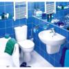 Небесно-голубая плитка в ванной комнате